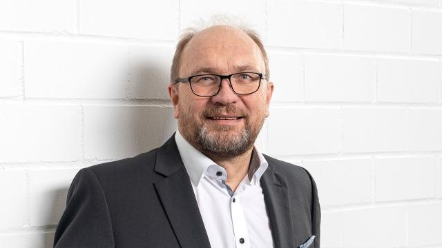 Reinhard Schäfer (Production and Quality Management)