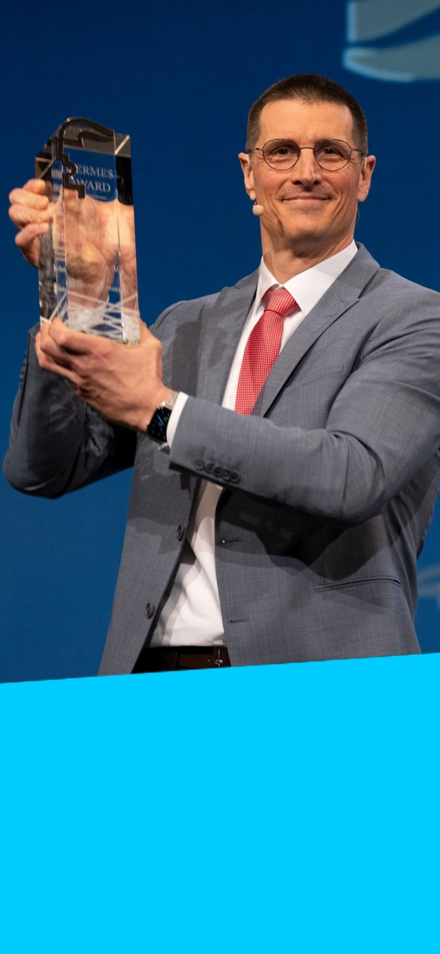 Thomas Fechner with Hermes Award