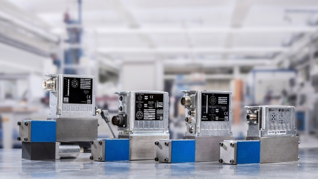 Digitalized interfaces for connected I4.0 hydraulic applications