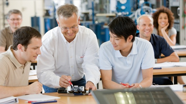 Trainings and courses from Rexroth
