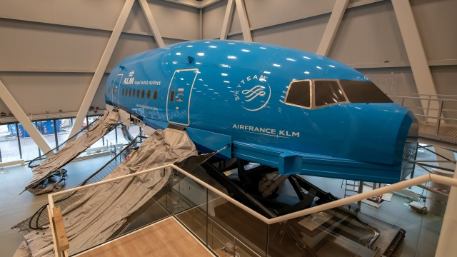 Motion simulation cabin crew trainer KLM