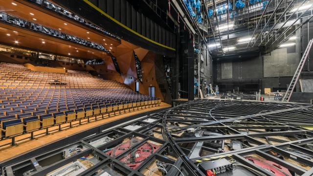 Turntable for Stuttgart Staatstheater